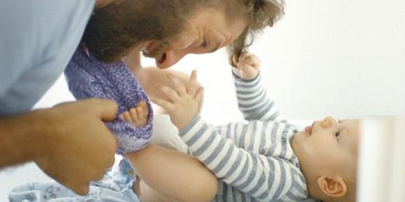 写真=映画『いのちのはじまり:子育てが未来をつくる』より